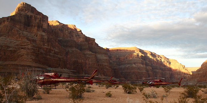 4 helis in canyon